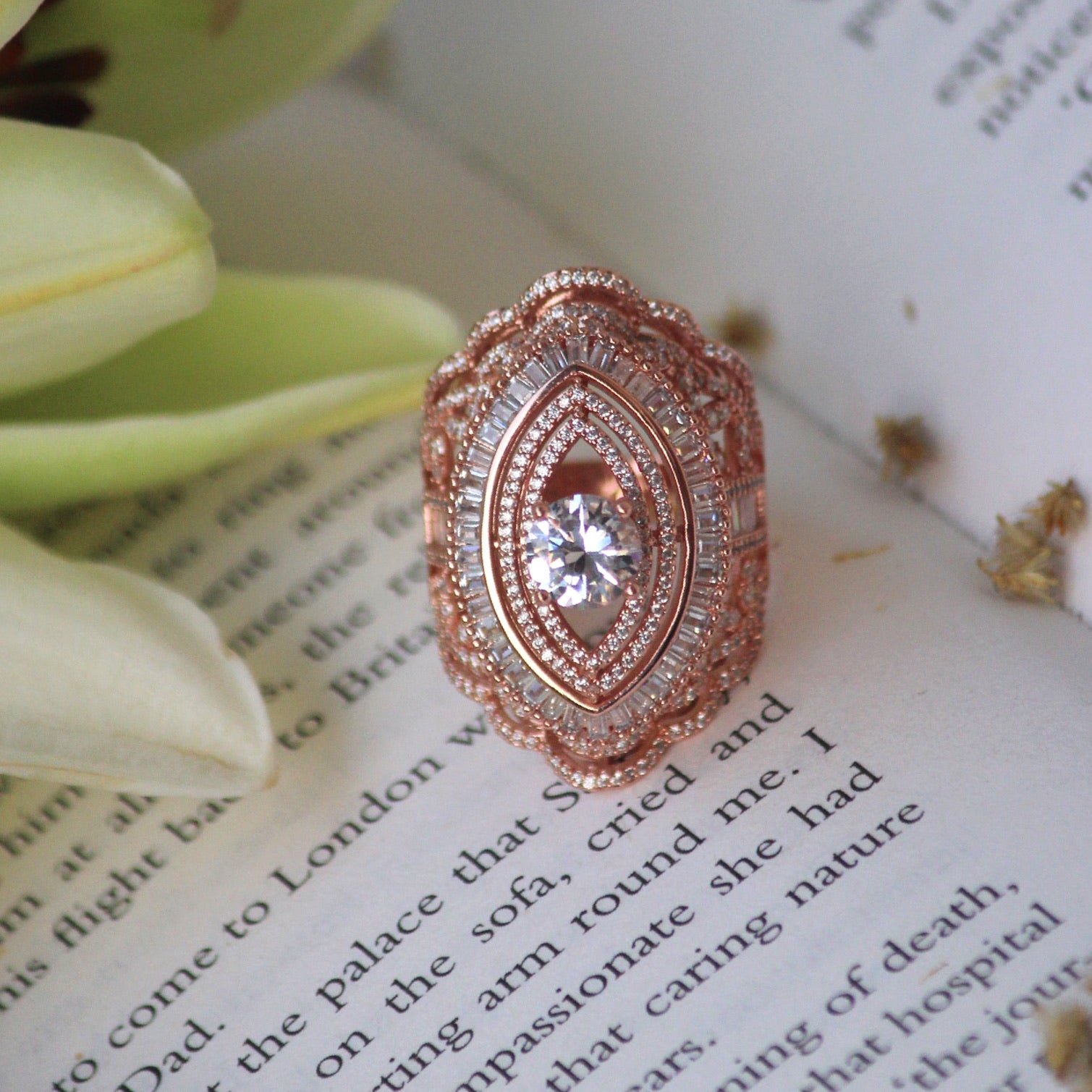ENCHANTING ROSE COCKTAIL RING