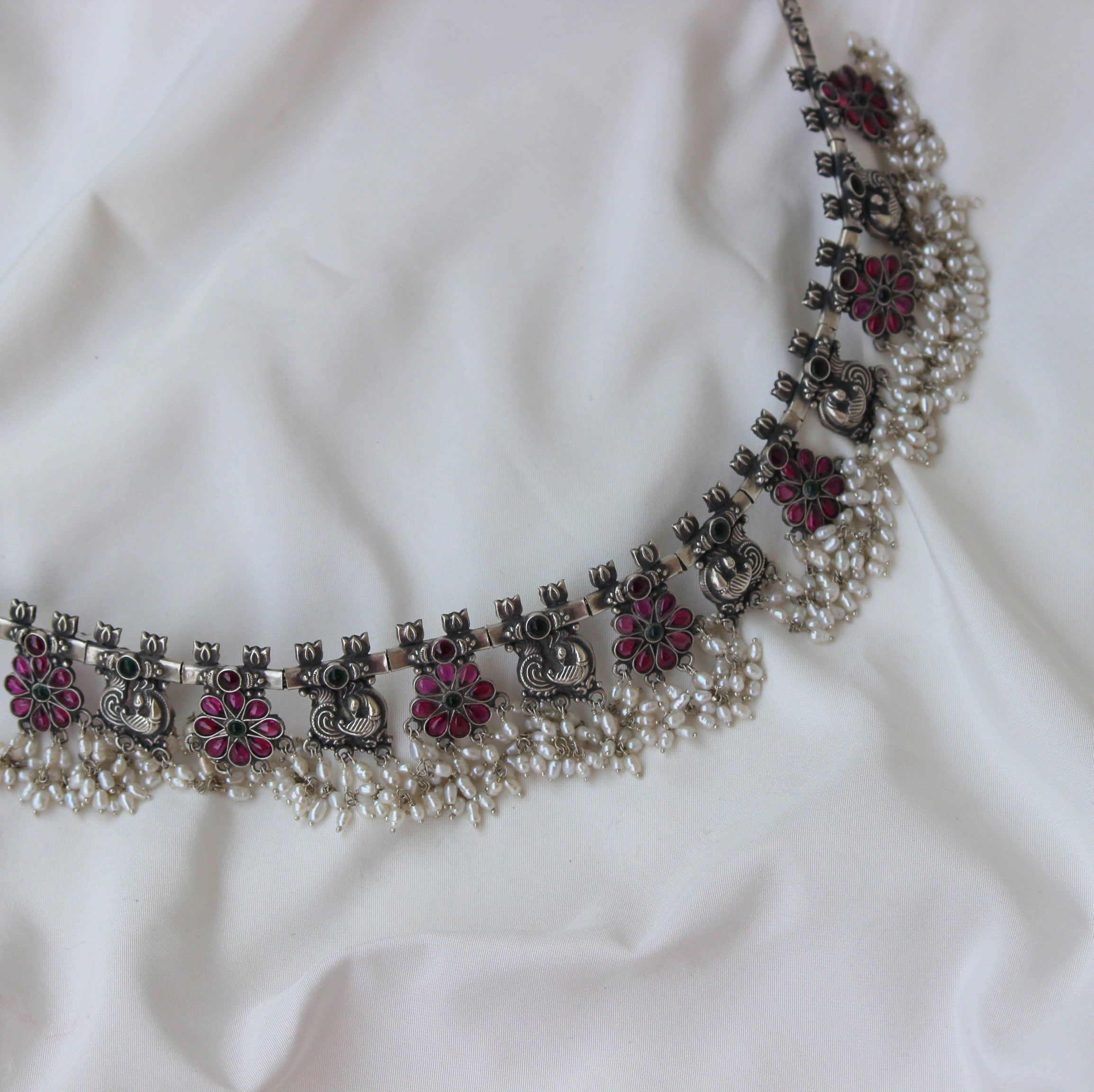 PURE SILVER FLORAL CHOKER
