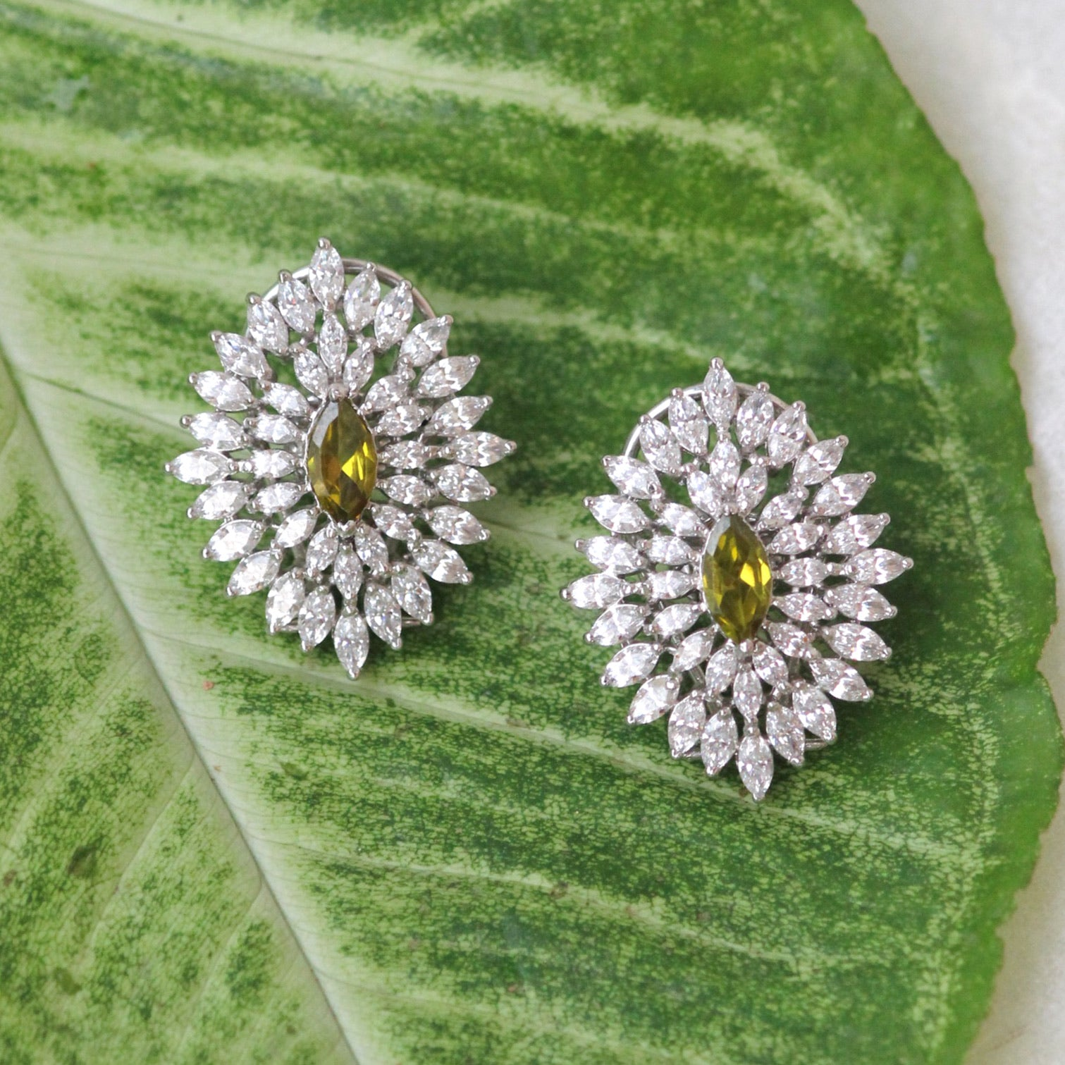 MARQUISE SHAPED STUDS
