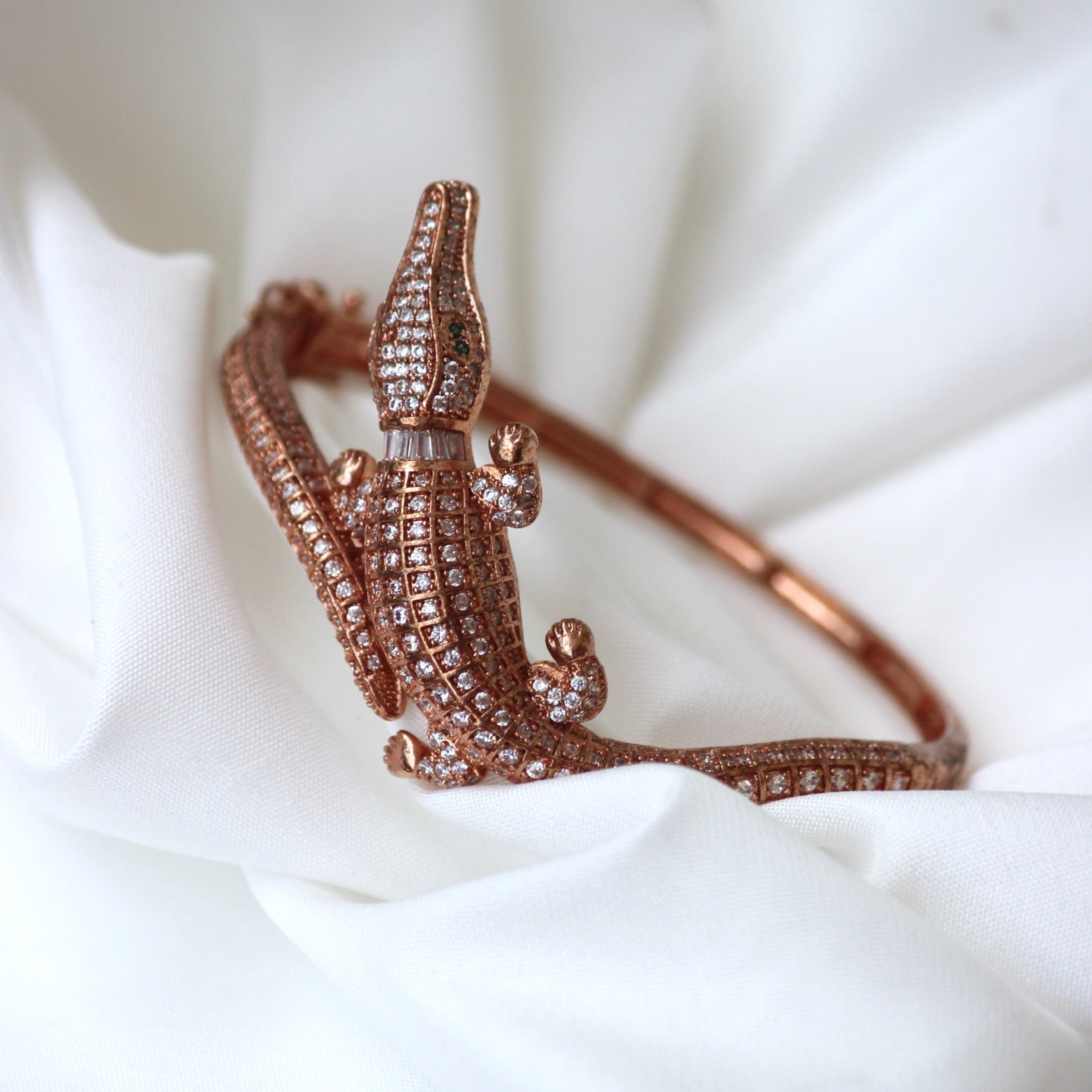 ROSE GOLD LIZARD BANGLE