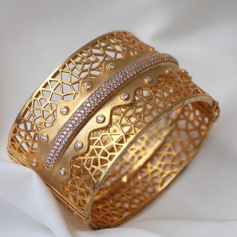 GOLD PLATED CUFF