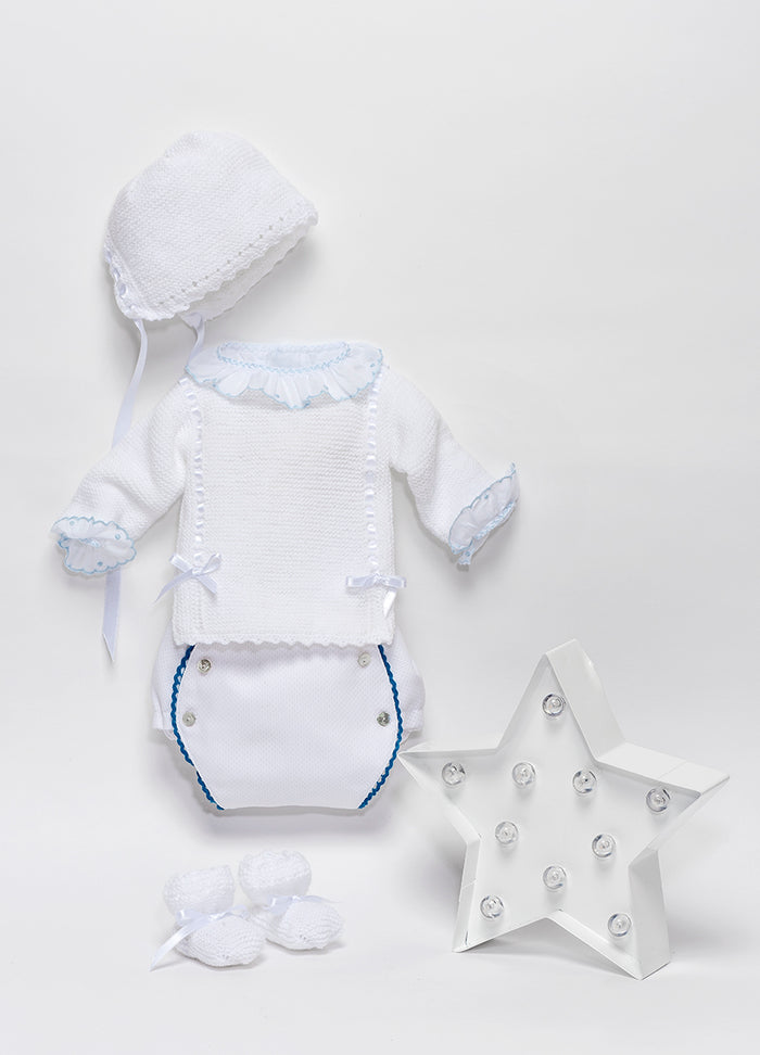 White newborn swiss batiste shirt with blue finishes and long sleeve