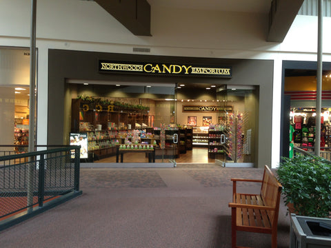 Northwoods_Candy_Mall_of_America