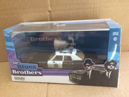 Greenlight Hollywood Diecast - The Blues Brothers Dodge Monaco