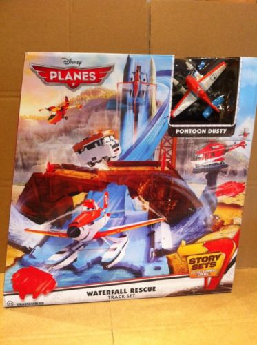 DISNEY PLANES STORY SETS - Waterfall Rescue Track Set With Pontoon Dusty