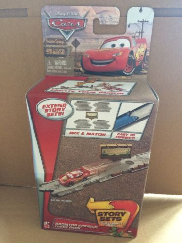 DISNEY CARS  - Radiator Springs Track Pack - Extend Story Sets
