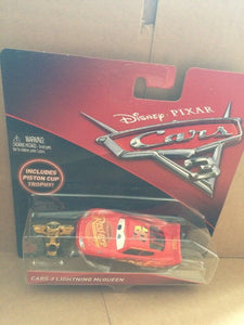 DISNEY CARS 3 DIECAST - Lightning McQueen with Piston Cup Trophy