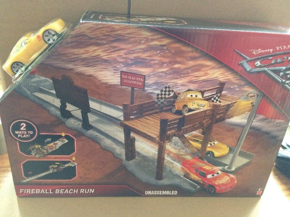 DISNEY CARS  3 - Fireball Beach Run Playset