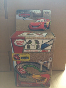 DISNEY CARS - Piston Cup Track Pack - Extend Story Sets
