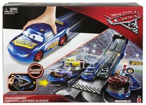 DISNEY CARS  - Transforming Fabulous Lightning McQueen