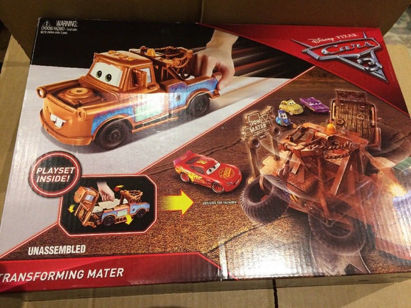 DISNEY CARS PLAYSET - Transforming Mater