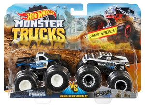 HOT WHEELS MONSTER TRUCKS - Police v Hooligan