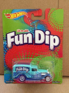 HOT WHEELS DIECAST - Nestle Fun Dip 34 Dodge Delivery