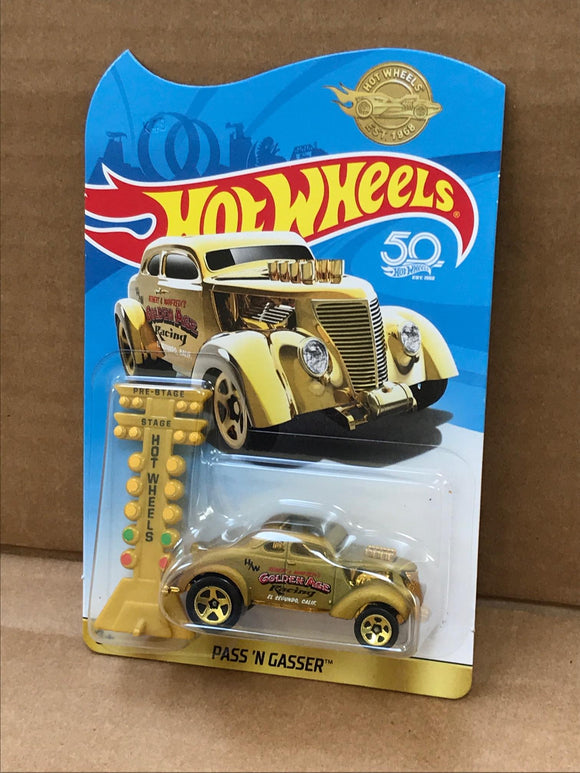 HOT WHEELS DIECAST - 50th Anniversary Special Pass'N'Gasser