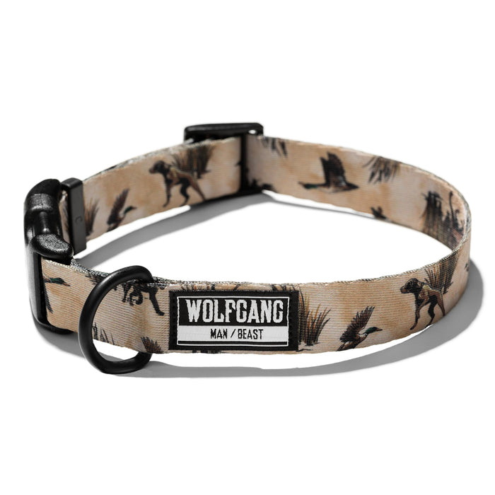 Wolfgang tan bird & bird dog print DuckShow medium and large dog collar.