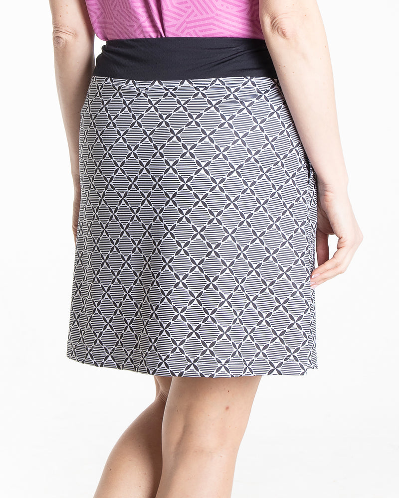 Origin Skirt - Black/White
