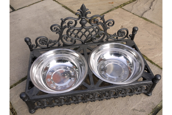 Large Black Cast Iron Dog Dish Holder With 2 Stainless Steel Bowls Sturdy 4.5 Kg