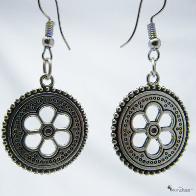 Flower Earring - Jewellery