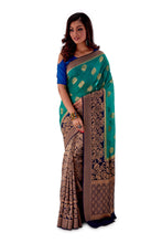 Green-base-with-blue-aanchal-and-Golden-zari-all-body-zari-work-saree-SNCS1118-2