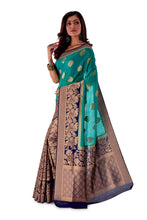 Green-base-with-blue-aanchal-and-Golden-zari-all-body-zari-work-saree-SNCS1118-3