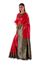 Red-base-with-Black-aanchal-and-Golden-zari-all-body-zari-work-saree-SNCS1121-3