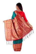 Green-base-with-Red-aanchal-and-Golden-zari-all-body-zari-work-saree-SNCS1125-4