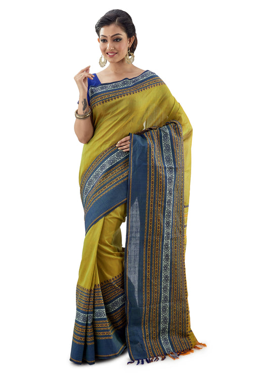 Light Green Begumpuri Handloom Designer Saree With Designer Border - Saree