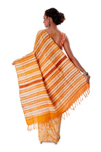 Off-white-base-Batik-Cotton-Designer-Saree-SNHK1502-4