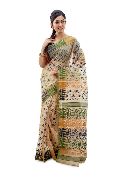 Off-White Traditional Dhakai Jamdani With Floral Work On Anchal - Saree