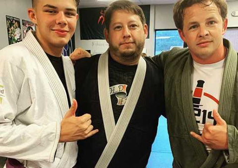 Thomas Lewis Training BJJ with friends