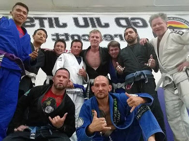 Justin Bachman and his jiu jitsu training partners | Submission Shark