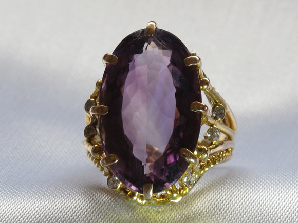 Huge Amethyst and Diamond Statement Cocktail Ring 14 k yellow gold