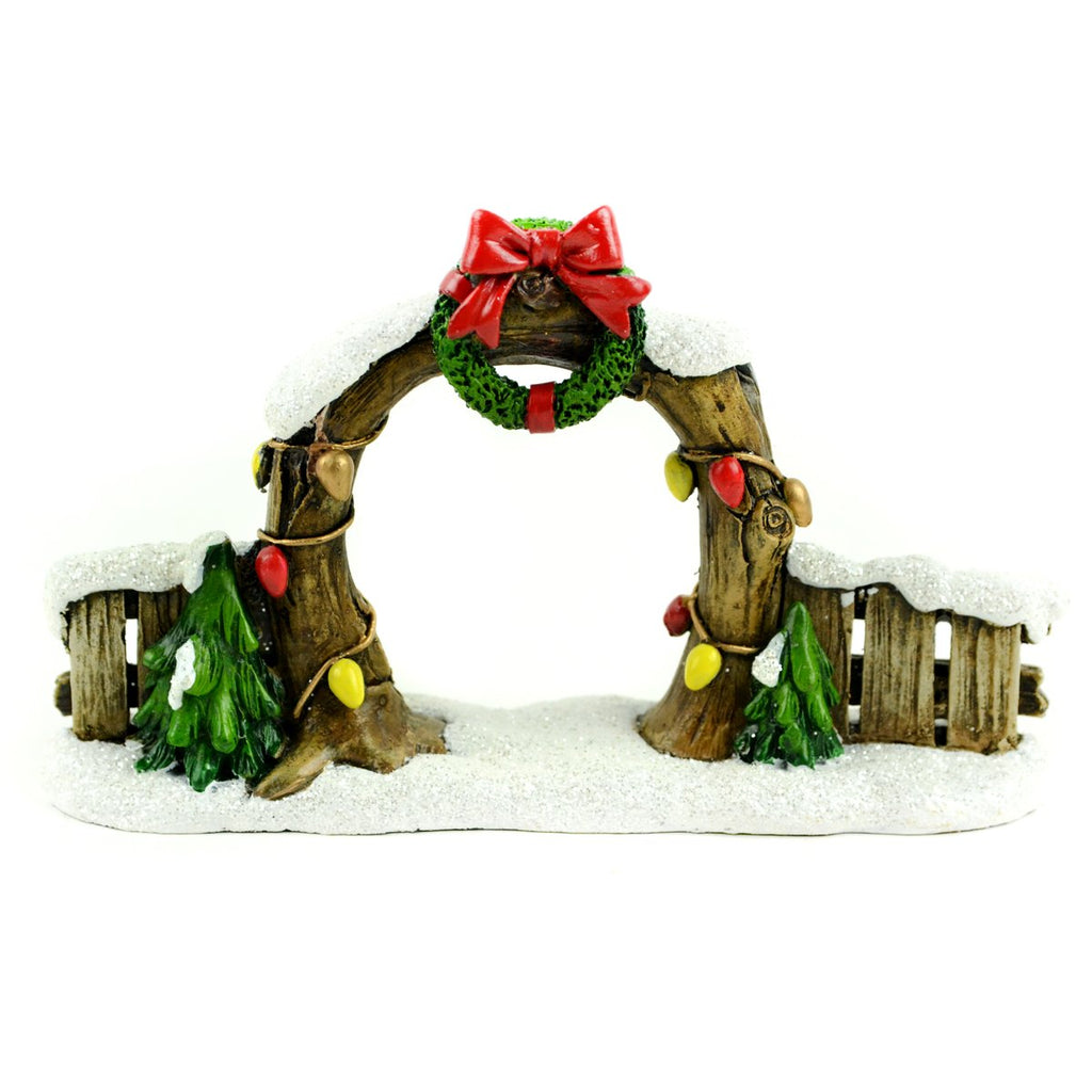 Christmas Arch And Fence With Wreath