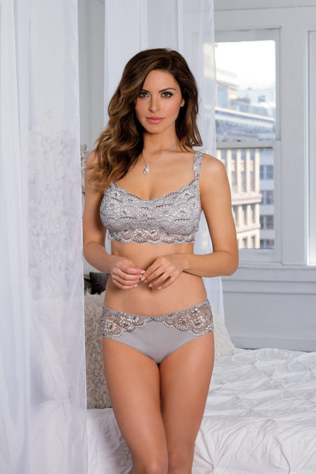 "Q-T Intimates ""Kelly"" Lace Underwire Bra"