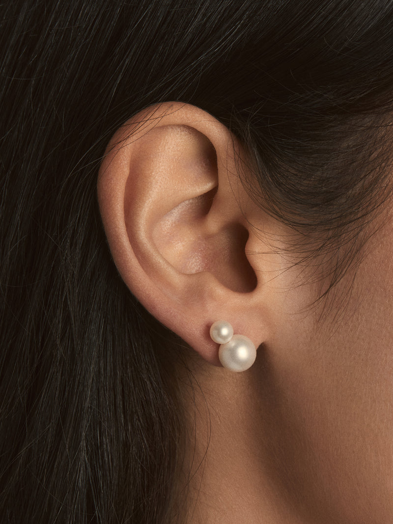 Sea of Beauty Collection.  Medium Double Pearl Studs SBE241
