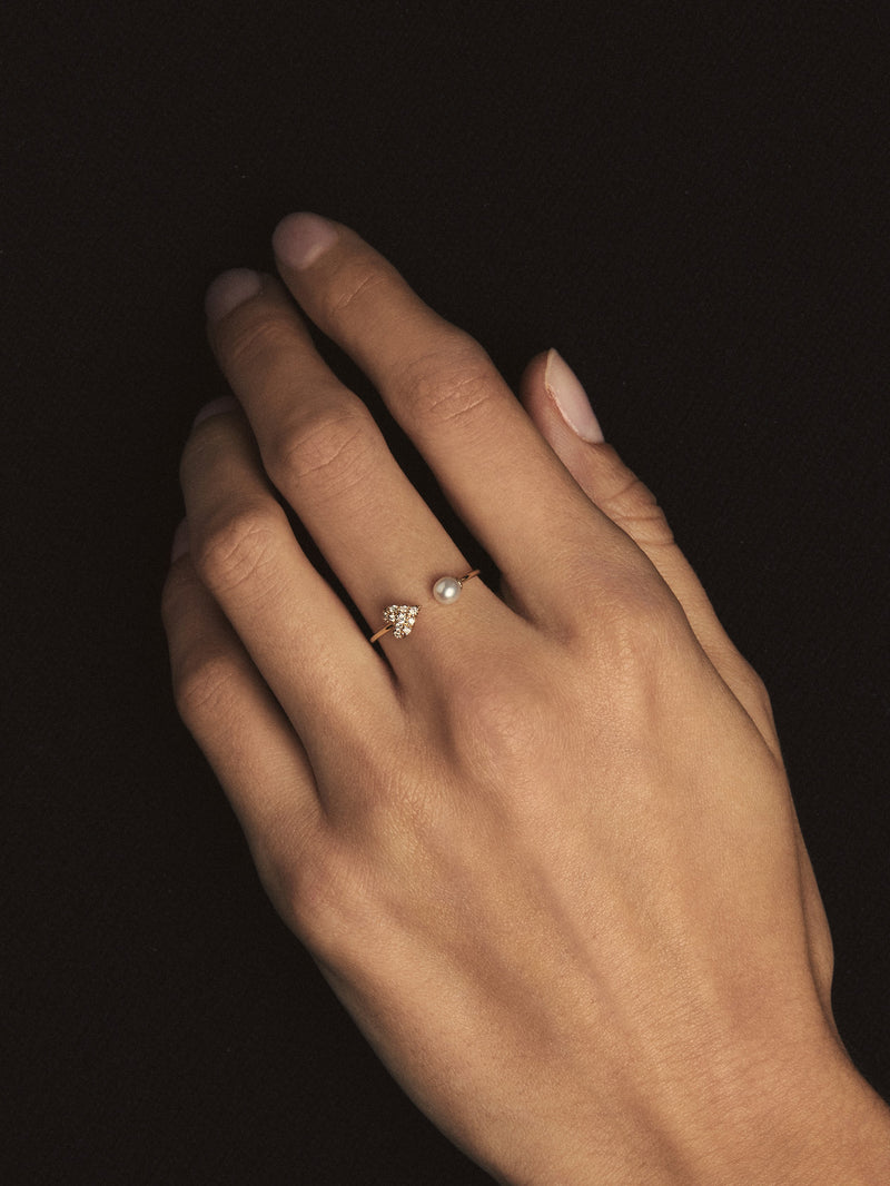 Small Diamond Heart and Pearl Ring SBR90D