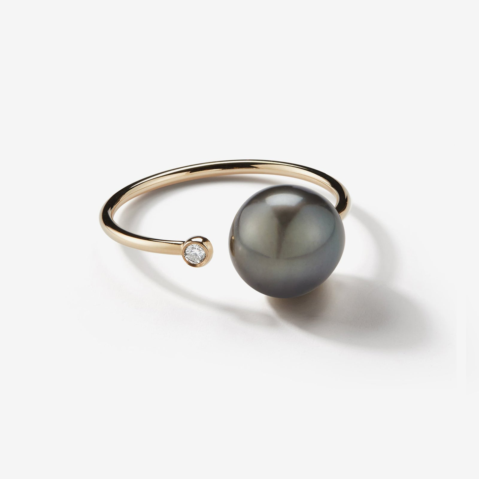 Sea of Beauty Collection.  Open Diamond and Black Pearl Thin Ring  SBR9B