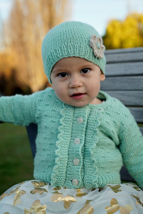 Bc83 - Imogen Cardi and Hat