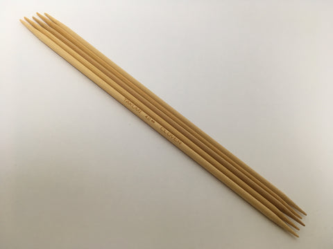 Double Pointed Sets of Needles. 20 cm Long- Pack of 5