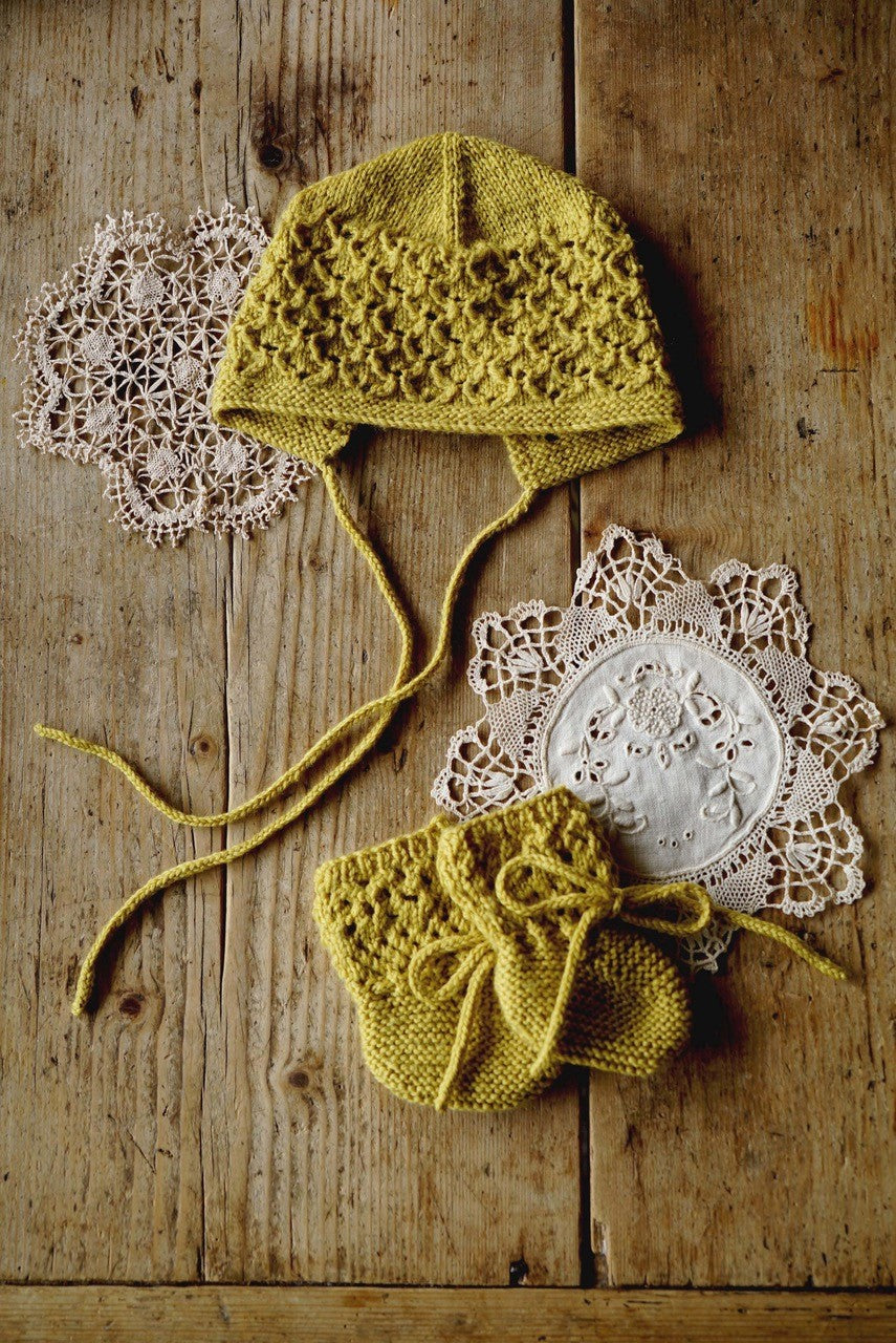 Bc79 - Princess Gabriella Bonnet and Booties