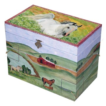 Hideaway Horse Music Box closed | beautiful childrens gifts and decor from Enchantmints
