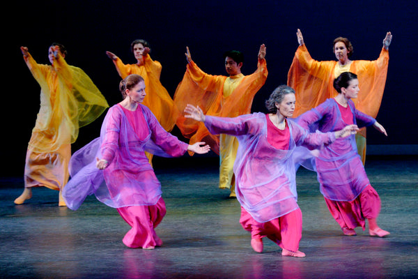 Enchantmints supports the arts, eurythmy performance