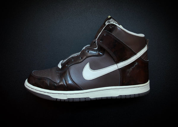 "NIKE DUNK HIGH ""WOODGRAIN"" [2006]"
