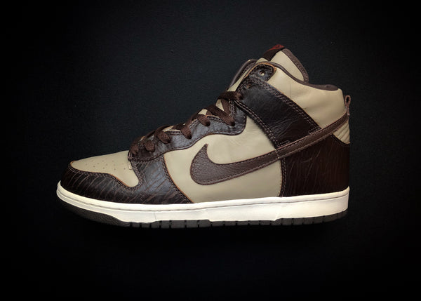 "NIKE DUNK HIGH PREMIUM ""PAUL BROWN - KHAKI"" (2003) - ATLAS"