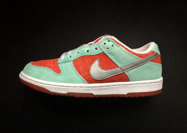 "NIKE DUNK LOW WMNS 6.0 ""DARK COPPER - MINT ORANGE"" (2008)"