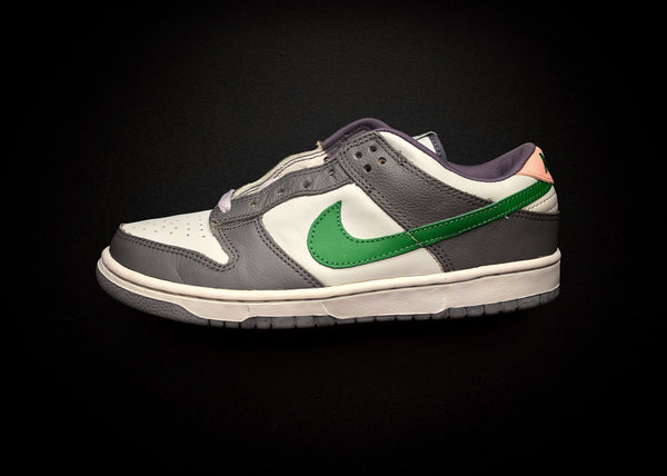 "NIKE DUNK LOW PRO ""TWISTED PREP - CLASSIC GREEN"" (2003) - ATLAS"
