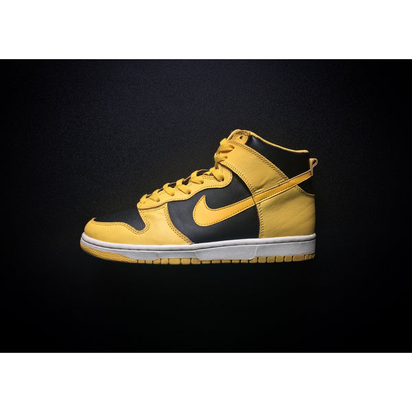 "NIKE DUNK HIGH LE ""GOLDENROD"" (1999) - ATLAS"