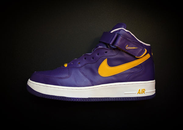 "NIKE AIR FORCE 1 MID ""LAKERS - GREEK"" (2003)"
