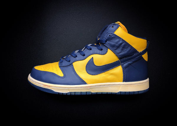 "NIKE DUNK HIGH VNTG QK ""MICHIGAN"" (2008)"