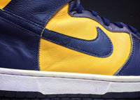 "NIKE DUNK HIGH LE ""MICHIGAN"" (1998) - ATLAS"